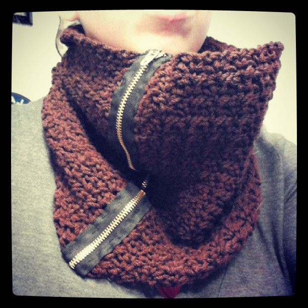 Crochet Zipper : crochet brown infinity scarf with zipper Crochet Pinterest