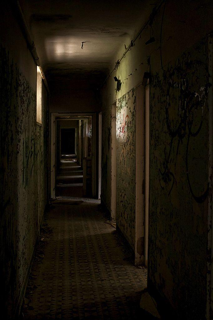 Creepy dark hallway is very creepy fantasy nightmares for Haunted house hallway ideas