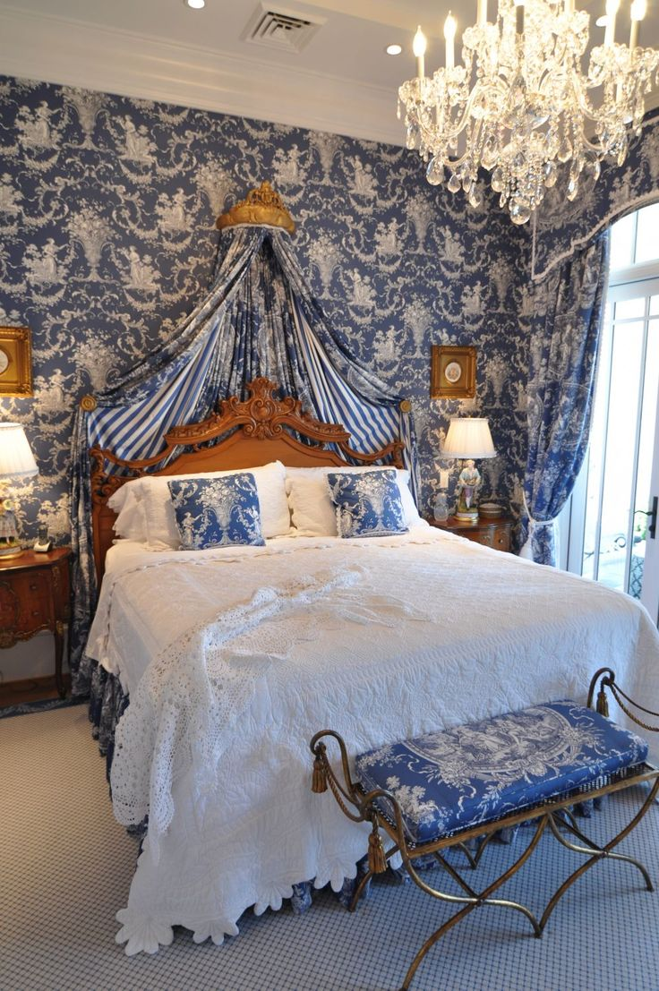 blue toile bedroom home ideas pinterest bedroom decorating ideas totally toile traditional home