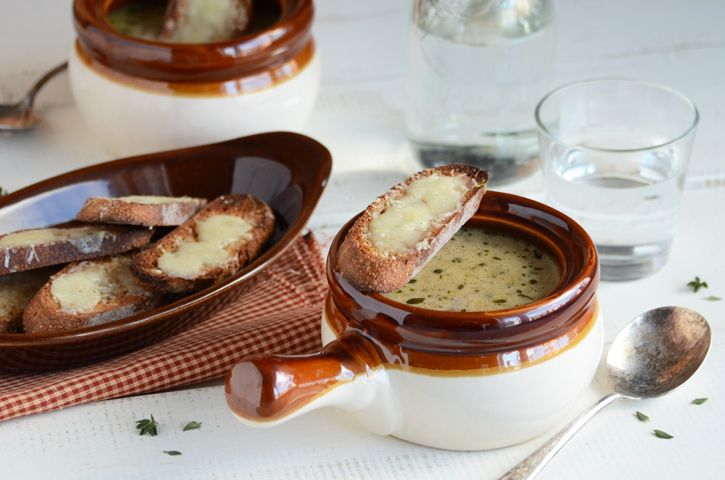 cream of onion soup {An Edible Mosaic} | Dishes To Try | Pinterest