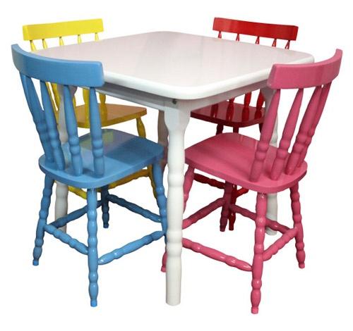quero, necessito, desejo mais que tudo essas cadeiras. $150 cada na Moveis Pereira Satto, em pinheiros.