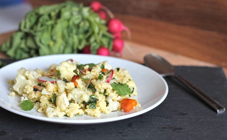 Healthy millet with roasted cauliflower and carrot Salad with a zesty ...