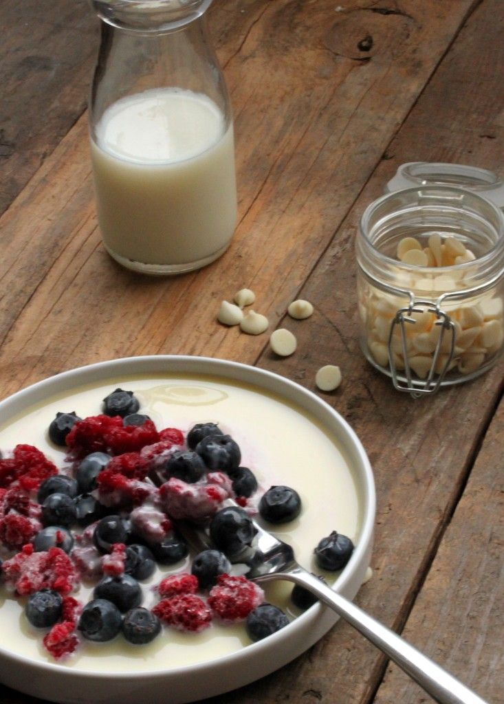 Frozen Berries with a Hot White Chocolate Sauce | Recipe