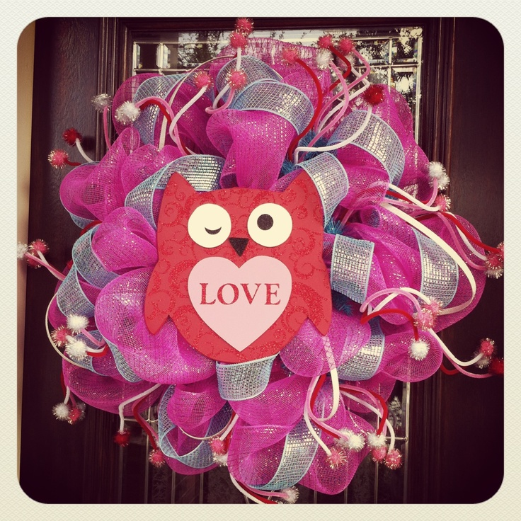 Valentines's Day Deco Mesh Wreath.
