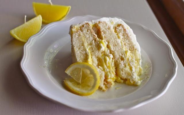 Lemon and Cream Cake