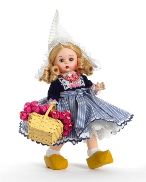 Pin by liz r on alexander dolls i adore pinterest for Alexander holland