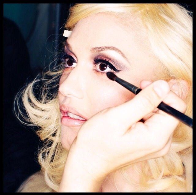 Gwen Stefani (via Inst... Gwen Stefani Instagram