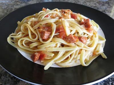 Super Buttery Sausage & Tomato Pasta | Num Num Num!!!! | Pinterest