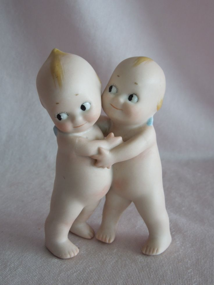 DELIGHTFUL Vintage All Bisque Rose O'Neill Kewpie Huggers
