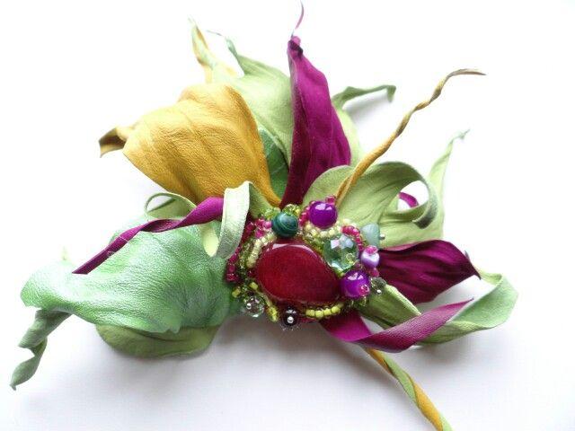 Свадебные украшения для волос из бусин своими руками
