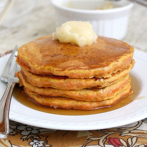 Carrot Cake Pancakes...breakfast and dessert, it's the best of both ...