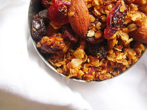 The best granola EVER. | Snacks I would like to try! | Pinterest