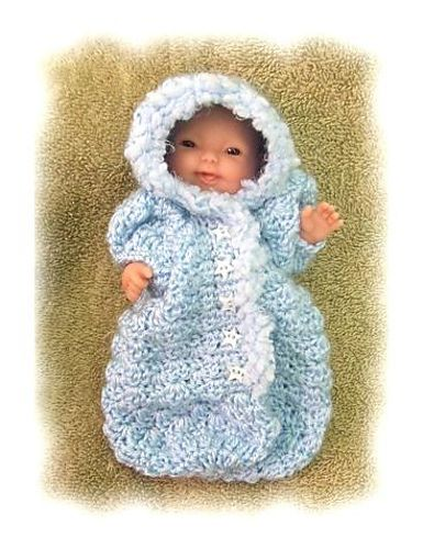 Crochet Baby Bunting Patterns Free : Bunting Bag for 5-6 inch Baby Doll pattern by Amy Carrico