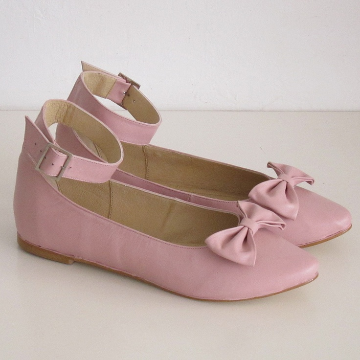 Chicadecanela & Golden Ponies pink leather ankle strap flat