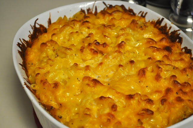 The Small Things Blog: Homemade Mac and Cheese 1 lb (1 box) al dente ...