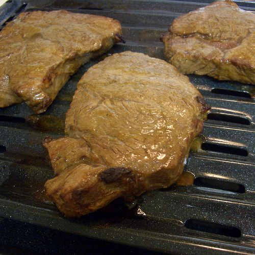 Delicious Steak Marinade, and How to Broil Steaks