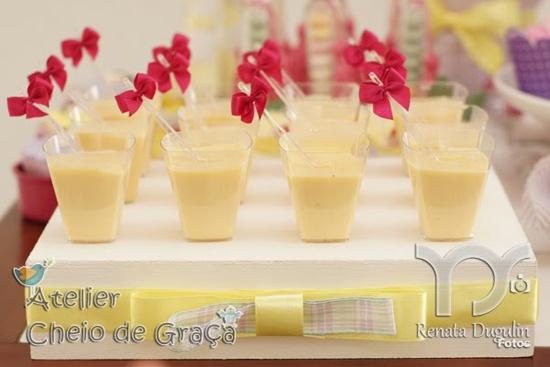 gorgeous-decorated-mini-desserts