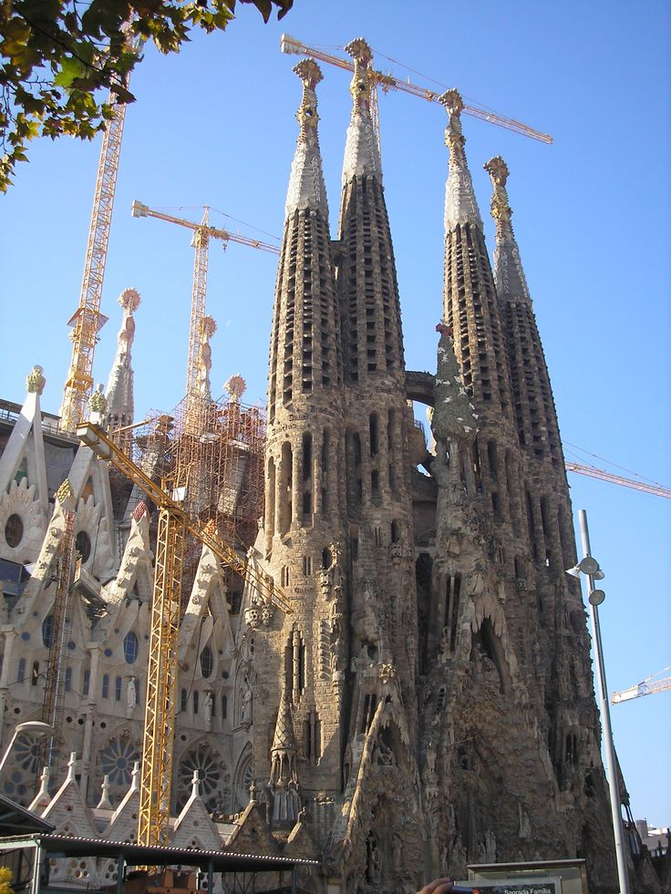 Gaudi cathedral barcelona been there done that pinterest for Gaudi kathedrale barcelona