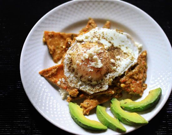 Roasted Poblano Chilaquiles w Fried Eggs | Breakfast Everyday Keeps t ...