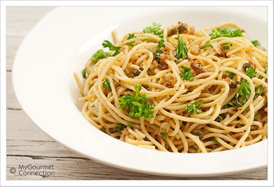 Spaghetti with Garlic-Toasted Crumbs and Anchovies ~ Plenty of garlic ...