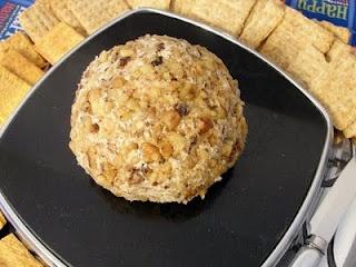 Feta Garlic Cheese Ball | Food/Drank | Pinterest
