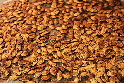 Spiced pumpkin seeds | Fall | Pinterest