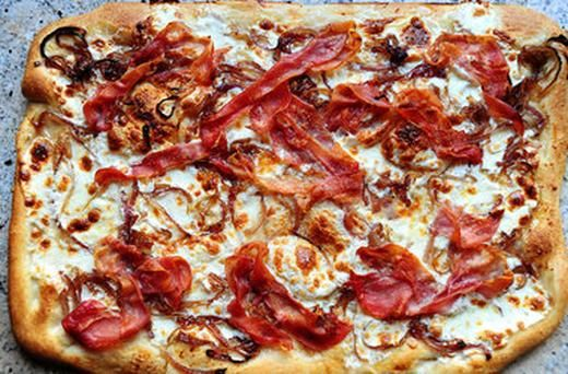 caramelized onion and prosciutto pizza | Food My Mother Never Made ...