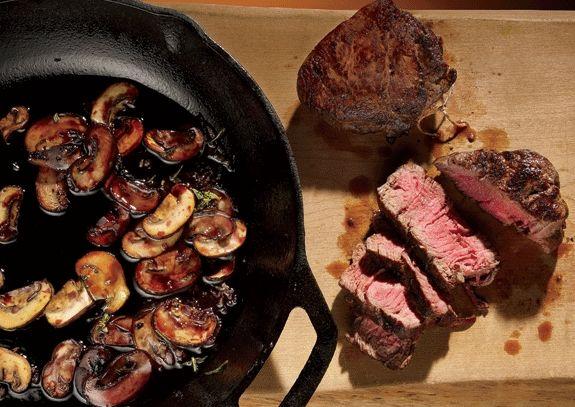 Steak with red wine mushrooms