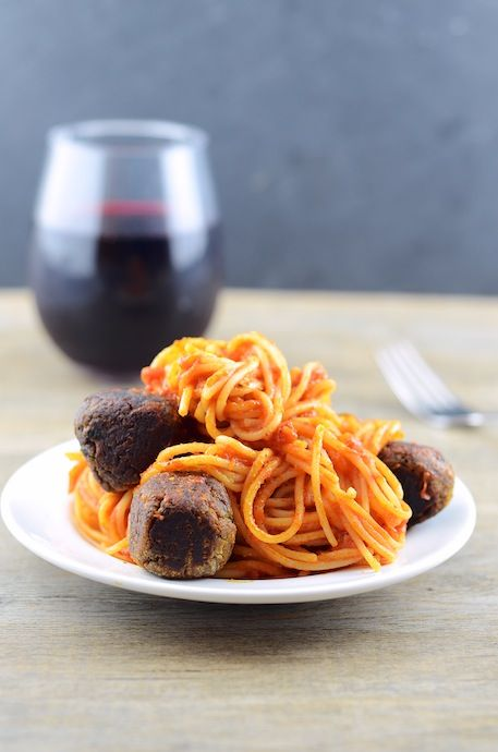 """Cannellini Bean Vegetarian """"Meatballs"""" With Tomato Sauce Recipes ..."""