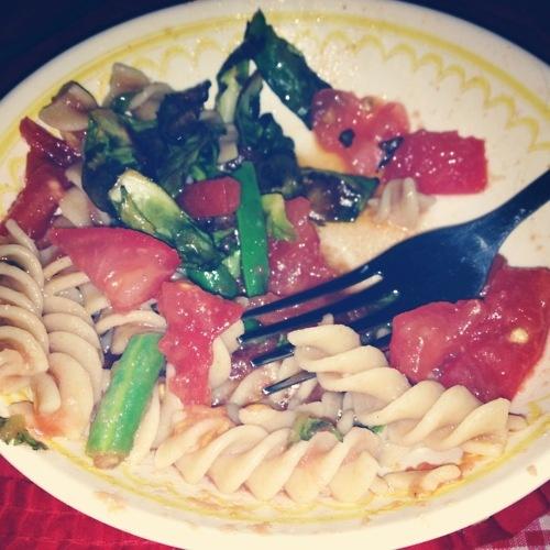 Pasta With Fresh No-Cook Tomato Sauce