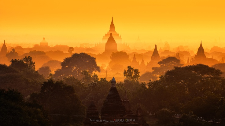 Heaven of the East by Anuparb Papapan, via 500px