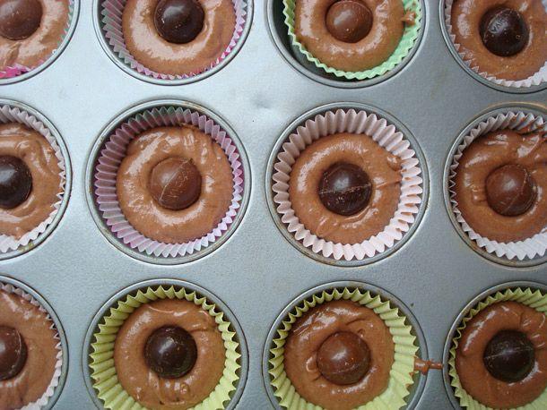 Cakespy: Truffle-Stuffed Cupcakes | Serious Eats : Recipes