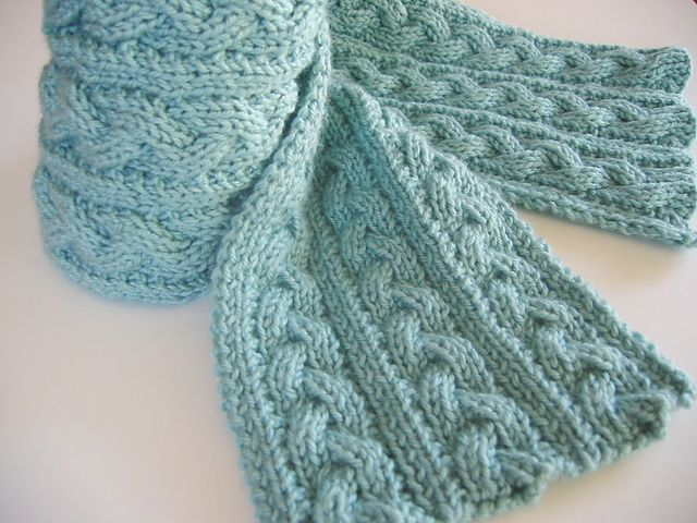 Free Crochet Pattern For Cable Scarf : Braid Cable Reversible Scarf Cachecol Pinterest