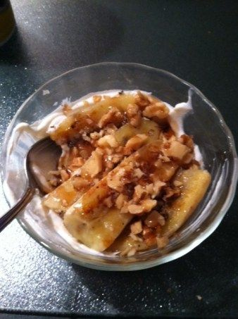 Greek Yogurt With Agave Nectar And Pecans Recipe — Dishmaps