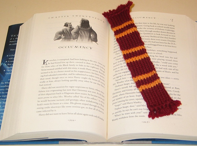 Knit Harry Potter Scarf Pattern : Harry Potter scarf knitting pattern! knit & crochet Pinterest