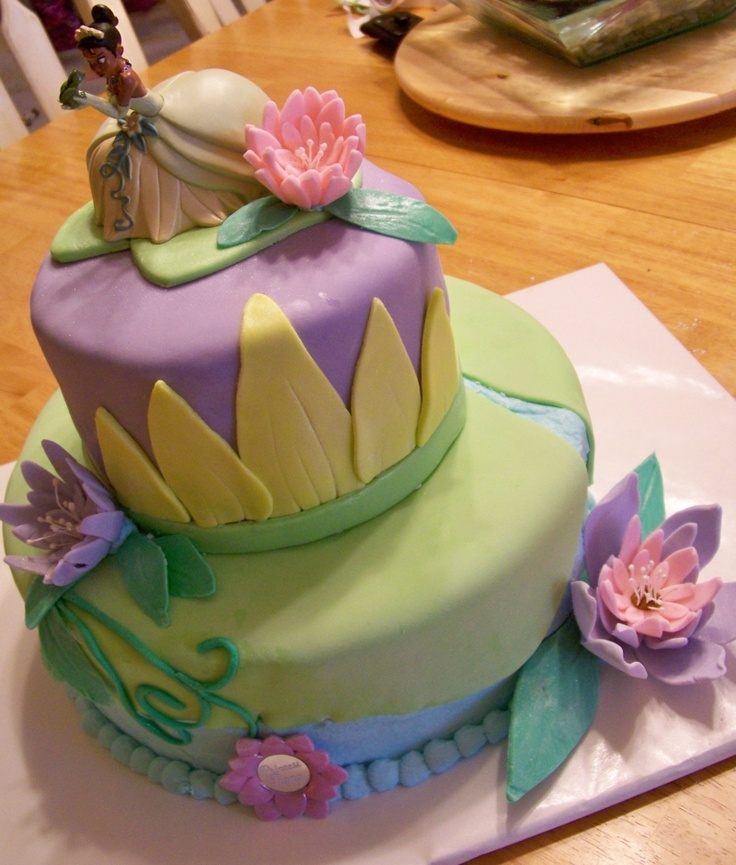 Princess Tiana Cake Pictures : Tiana birthday cake! La Fete! Pinterest