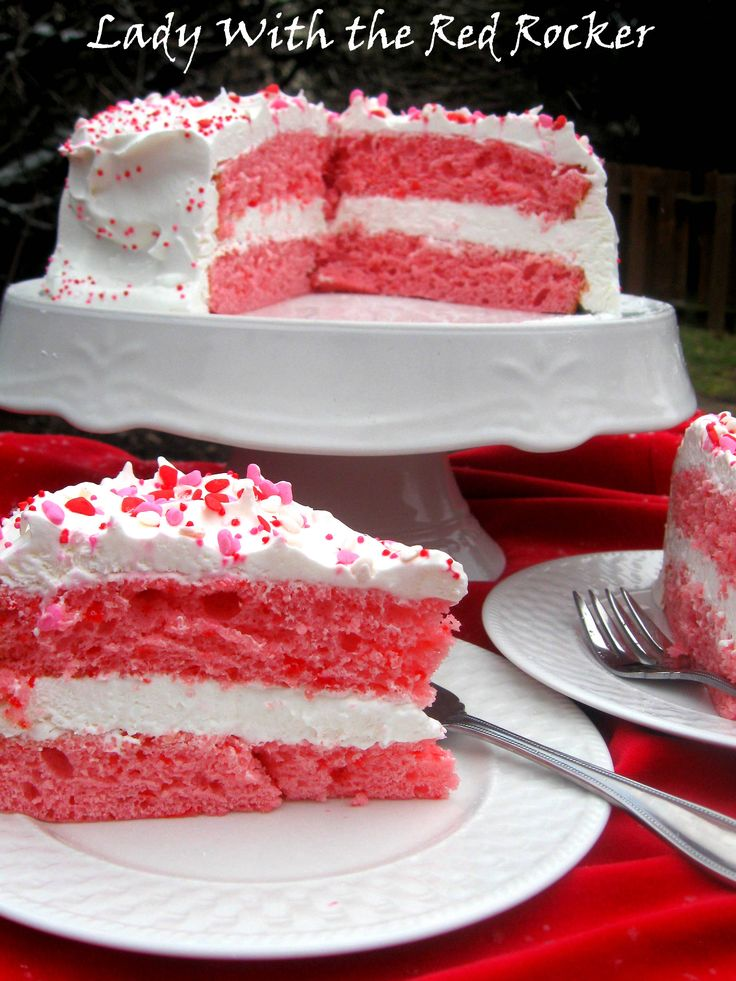 Two ingredient cake  - Strawberry Cake Mix and 12 oz. diet 7-up.....