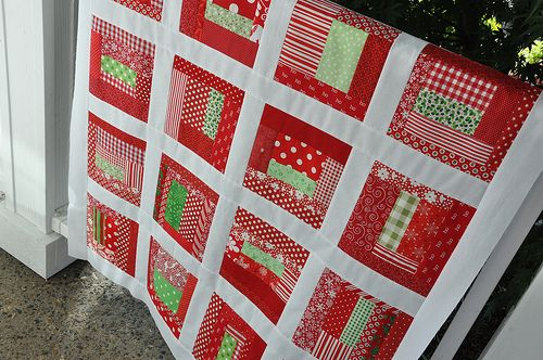 Scrappy Christmas quilt *happy sigh*
