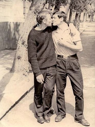 Adorable Vintage Photographs of Gay Couples photo-session-mood-board