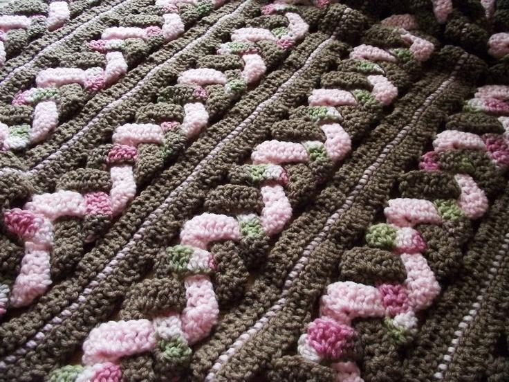 Crochet Patterns For Blankets : CROCHET BLANKET PATTERN Weaves Baby Blanket