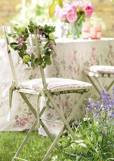 Ideas Vintage Shabby Chic Garden Party - un montón de grandes maneras de decorar tu jardín para una fiesta o una boda, incluyendo la iluminación y la configuración de mesa ideas.