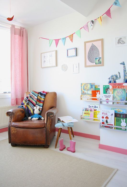 Mommo design kids reading corners kids room pinterest - Habitaciones nordicas ...