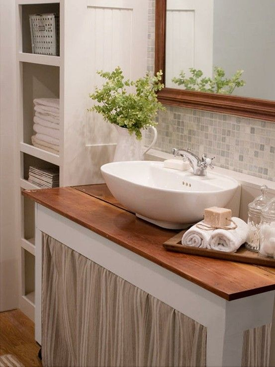 Suzie The Lettered Cottage Cottage Bathroom With Beadboard Built In