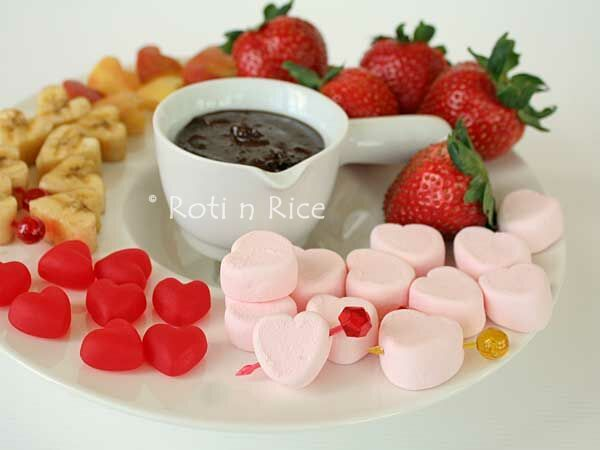 Peanut Butter Chocolate Fondue | Roti n Rice