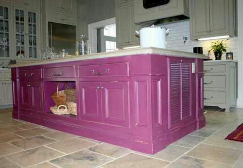 Love the pinkish purple!  Kitchen Islands  Pinterest