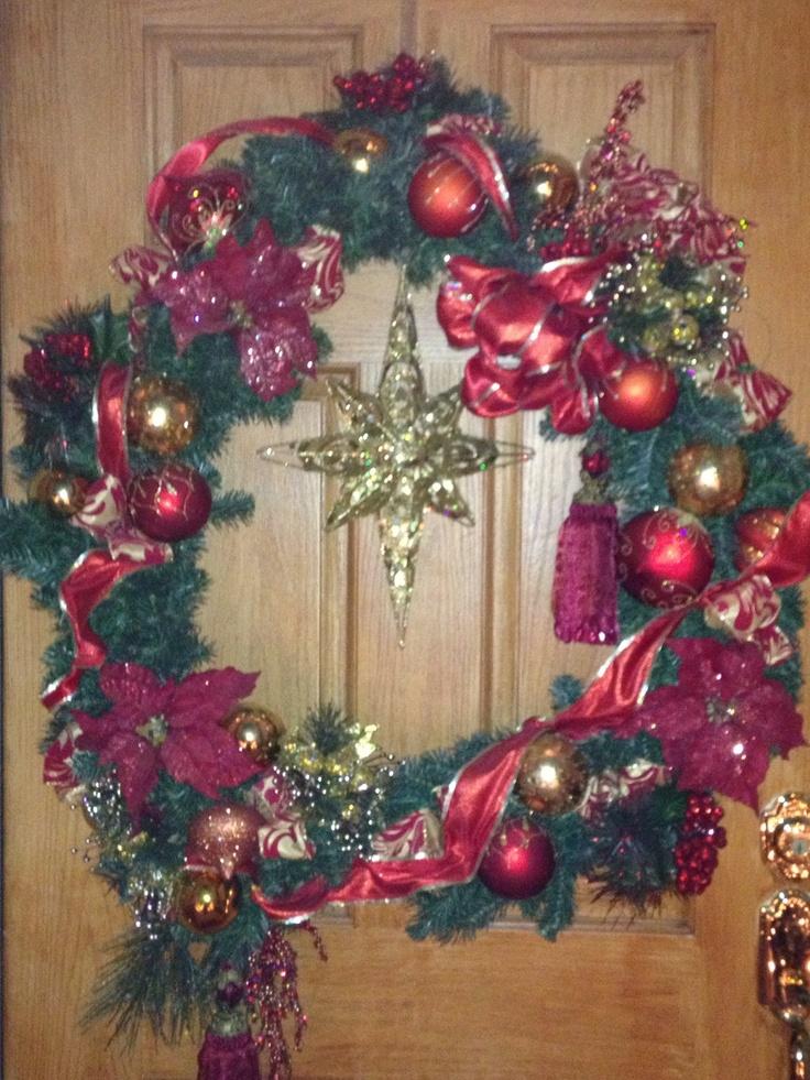 Front door wreath christmas home decoration pinterest for Front door xmas wreaths