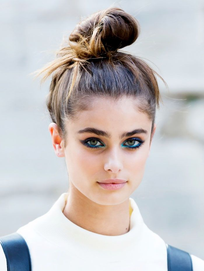 Top knot and mesmerizing blue eyeliner backstage at Elie Saab. // #SS15 #PFW