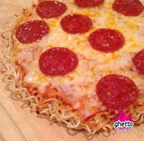 video ramen recipes noodle Ha meals: Ramen pizza  Hood  Ha  Pinterest Funny!!!!! noodle