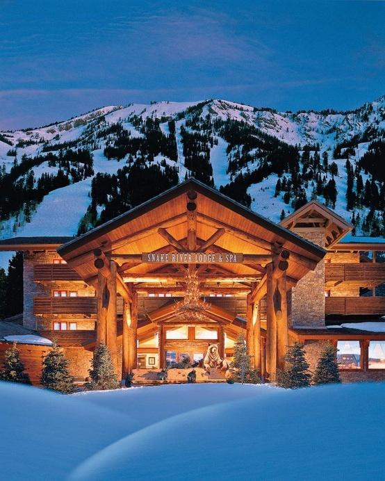 Ski resort jackson hole wyoming earths delights and for Jackson hole cabin resort