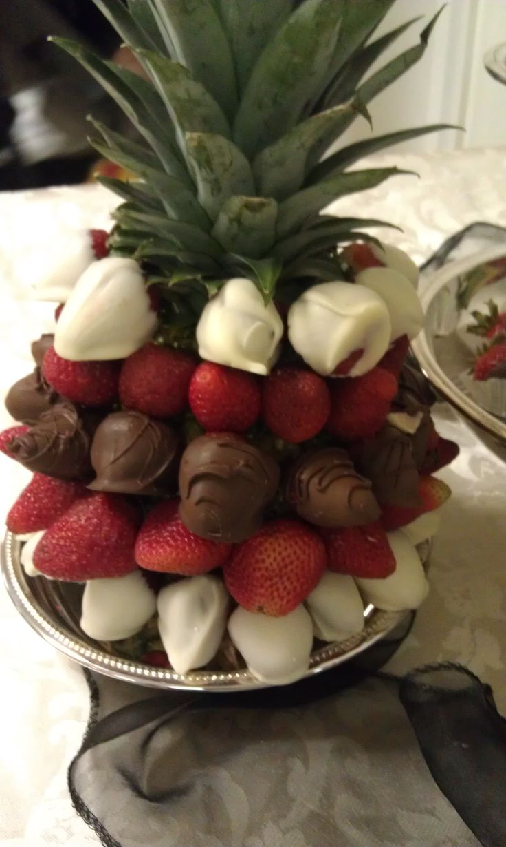 how to make a chocolate covered strawberry tree